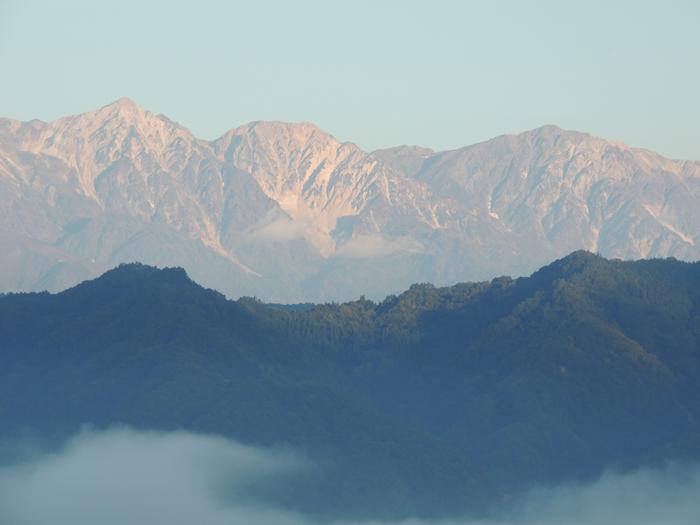 初秋の朝は雲海