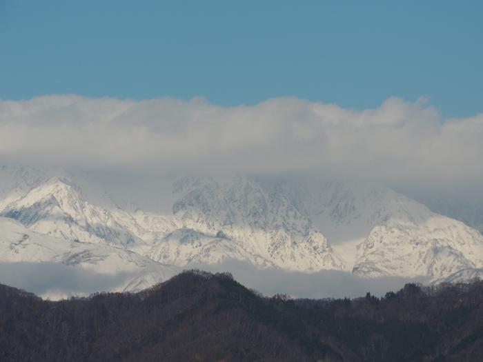 白馬三山は雲の中