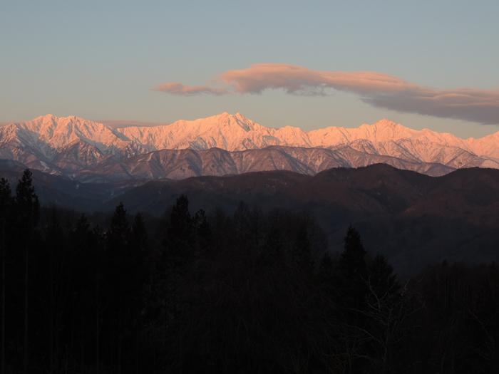 07:16 仁科三山