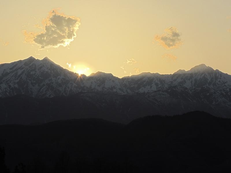 太陽が沈み